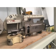 Universal head suitable for HECKERT Worm and thread milling machine (stock no. T04)